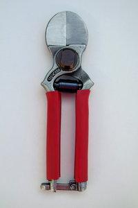 Rozensnoeischaar professioneel Stafor 950